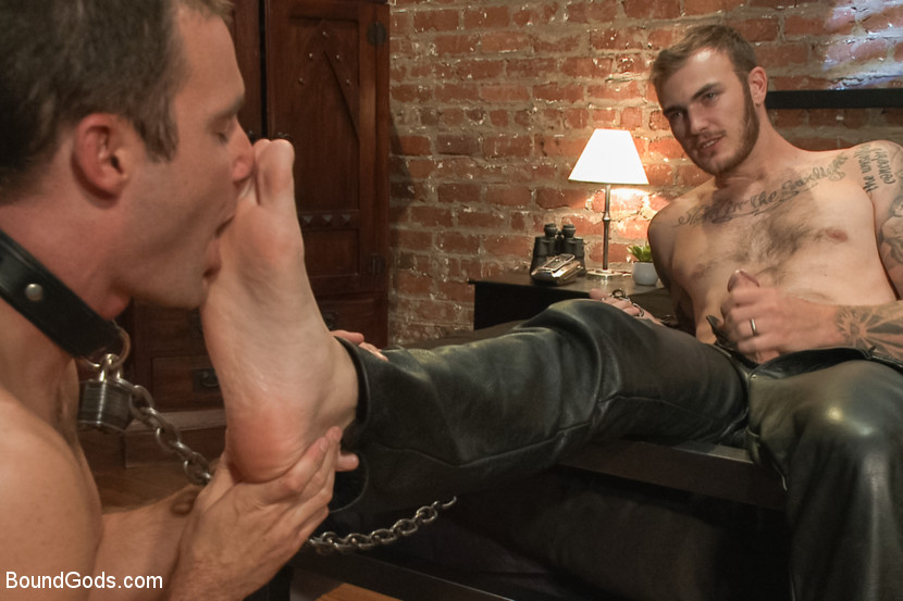 Slaves to feet
