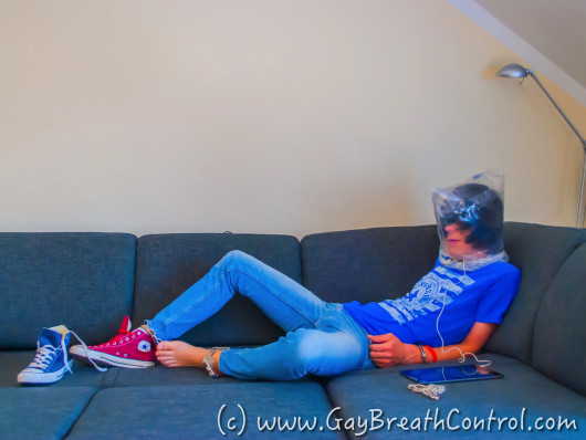 EmoBCSMSlave Breath Control Hogtied in Blue/ Red Chucks