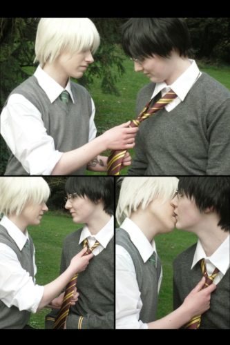 drarry_slash____again_____by_akitow_malfoy-d3agjhf.png